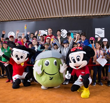 Vanguard Stars e as suas mascotes no Estoril Open